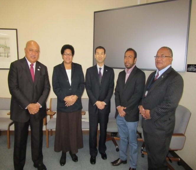 Minister Kubuabola with Fijian Students of Tohoku University